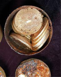 gold-coins-found-california-1_77000_990x742